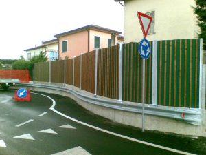 Barriera_antirumore_serie_Alfa_BS_con_listelli_rivolti_verso_la_sorgente_di_rumore_verticali21