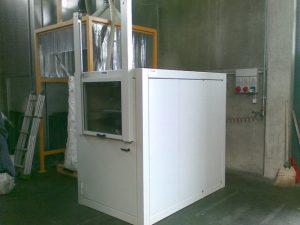 Cabina fonoisolante con portello scorrevole