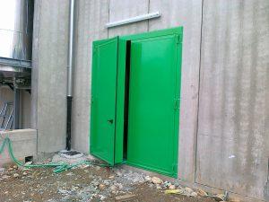 Portoni a forte potere fonoisolante verde